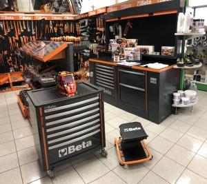 negozio-banco-beta